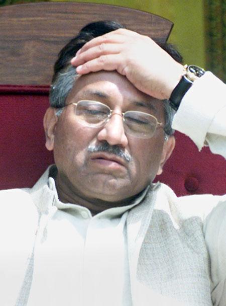 musharaf-tired-756703.jpg