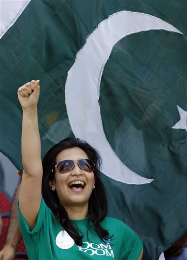 Pakistan Independence Day Fans